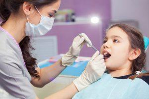 Làm gì khi răng mọc lệch?
