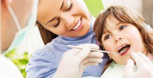 Trẻ dưới 12 tuổi có nên trám răng?